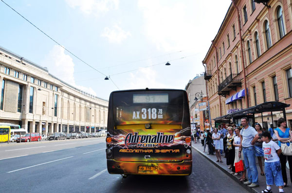 Транзитная реклама Адреналин Раш