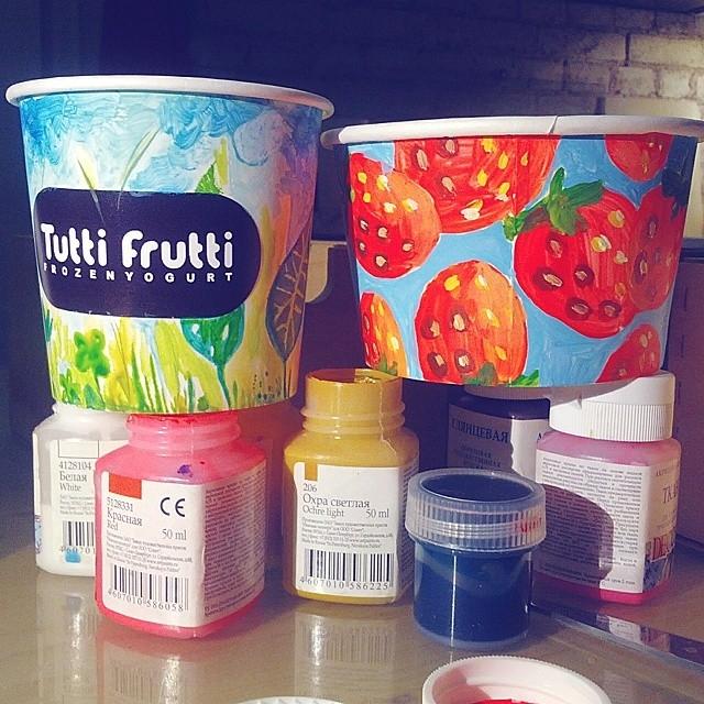 Tutti Frutti провели конкурс на лучший дизайн фирменного стаканчика.