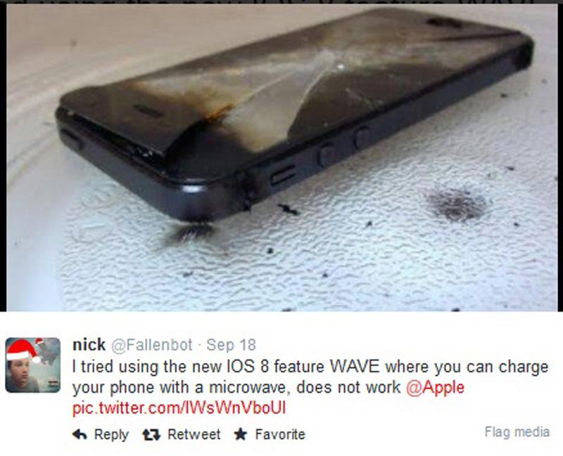Пользователи жгут айфоны в микроволновке