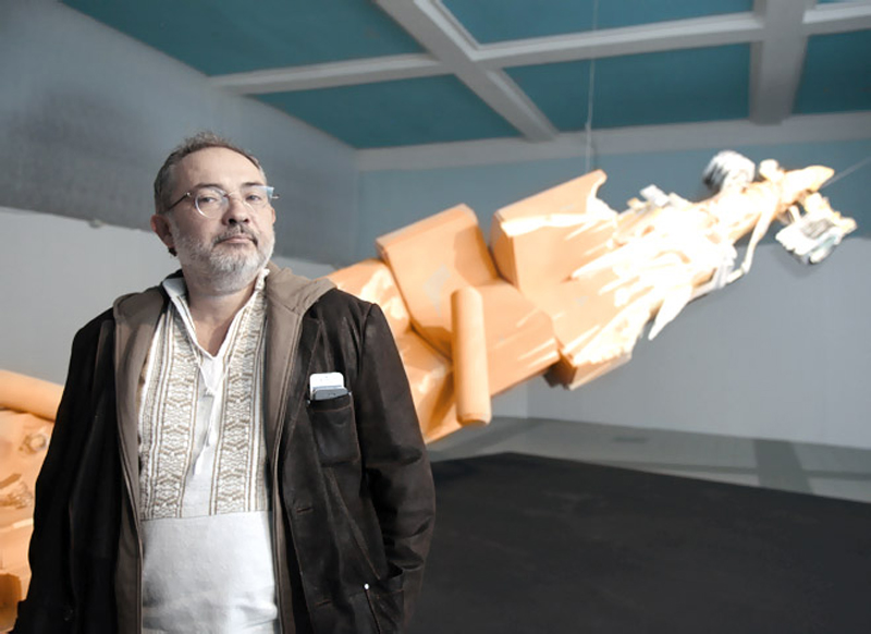 «Винзавод» выселяет галерею Гельмана из-за неуплаты аренды.