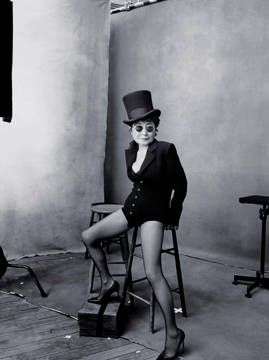 Октябрь – художница Йоко Оно.