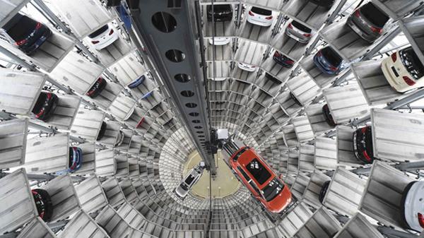 Продажи компактных автомобилей в России обвалились на 80%.