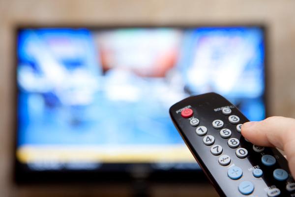 Количество рекламы на телеканалах достигло максимума с 2006 года.