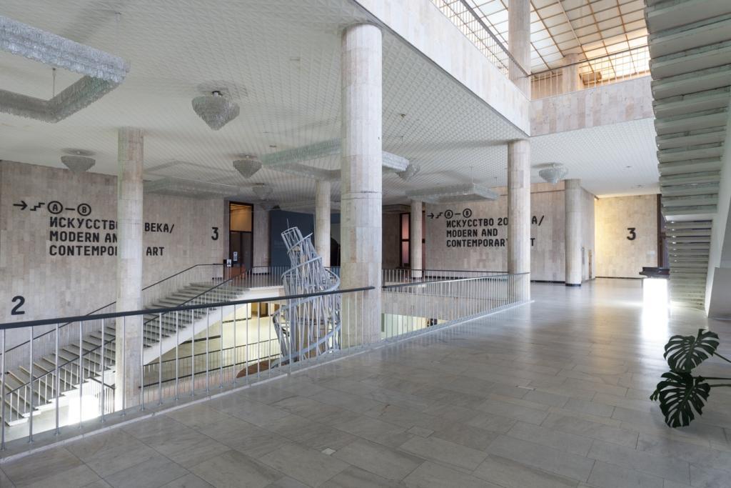 Третьяковская галерея на Крымском валу.