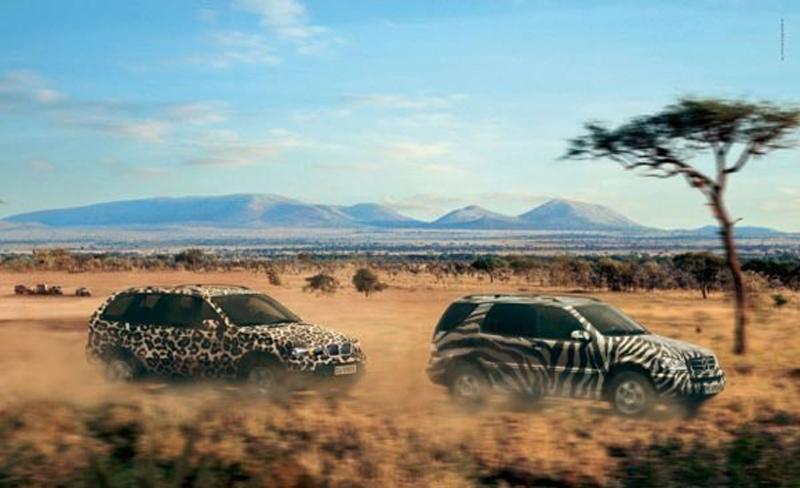Постер BMW на внедорожник Mercedes-Benz.