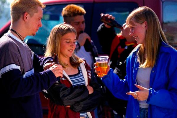 Маркетинг и коммуникации - Детки выпивают — реклама виновата?