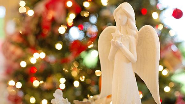 Корпоративные сувениры и праздники всё чаще заменяют благотворительными пожертвованиями.
