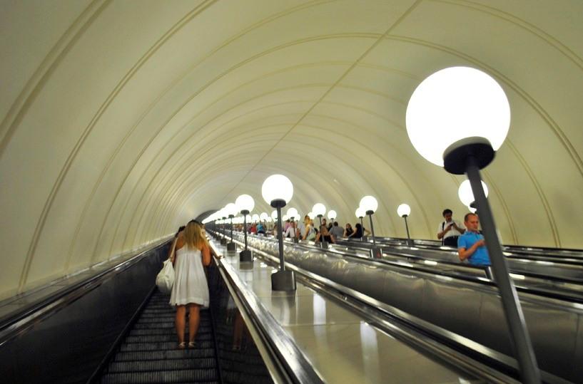 Реклама в Московском метрополитене появится летом.