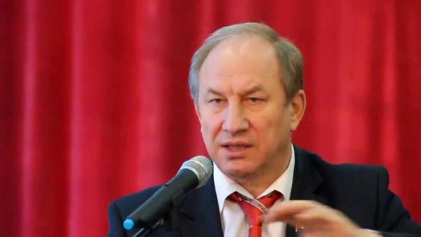 Коммунисты потребовали у «Газпрома» обосновать расходы на рекламу.