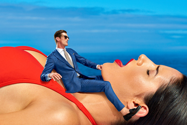 Новая скандальная реклама от Suit Supply.