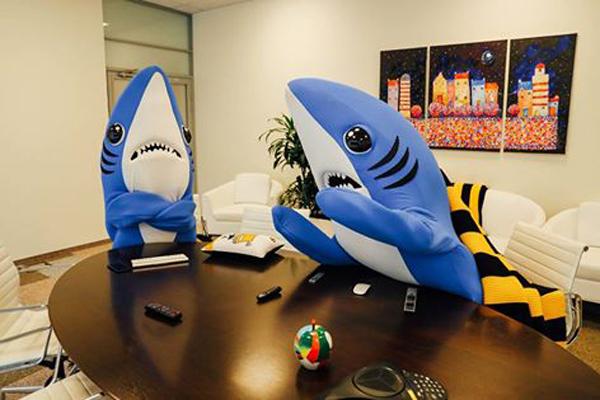 Билайн под игом синих акул.