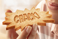 """Печатная реклама """"Crack!""""  Агентство: AlmapBBDO  Рекламодатель: Bauducco Salgada  Бренд: Bauducco Salgada"""