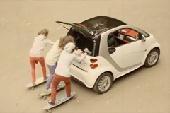 """Телереклама """"Промо-ролик автомобиля Smart""""  Агентство: DOT  Рекламодатель: Mercedes-Benz  Бренд: Smart"""