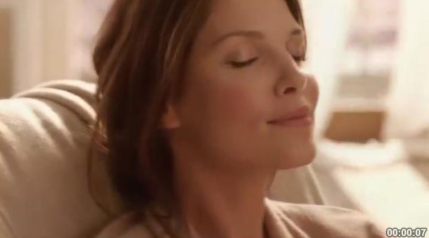 "Телереклама ""Дарите моменты блаженства"", бренд: Lindor, агентство: Initiative"