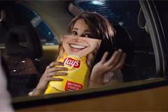 "Телереклама ""Lay`s Smiles""  Агентство: BBDO Moscow  Рекламодатель: Frito Lay  Бренд: Lay's"